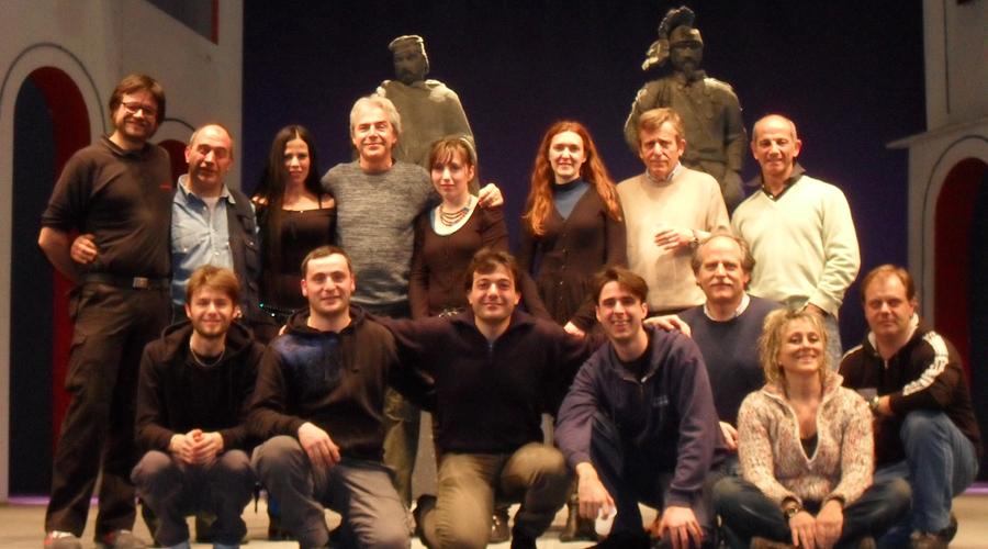 ITALIANI-SI-NASCE-cast